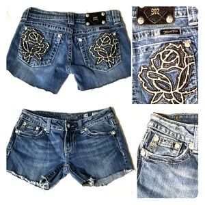 Miss Me cut off jean short shorts 28 Rose pockets